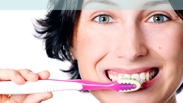 7 Important Reasons To Clean Your Teeth